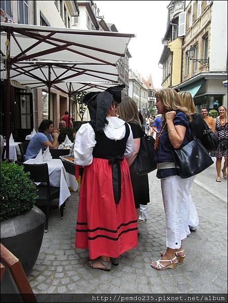 傳統婦女服飾