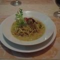 鮭魚洋蔥義大利麵一