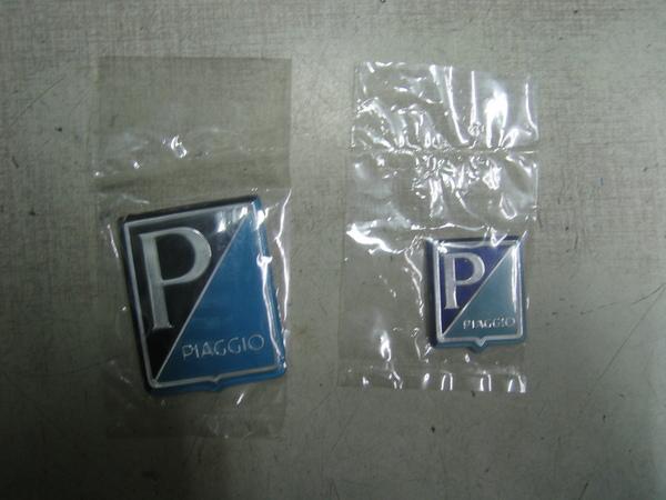 Vespa 偉士牌 壓克力四角P貼紙