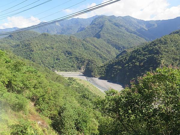 132線上茂林山景 (3).JPG