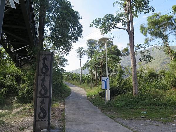 蛇頭山觀景台.JPG