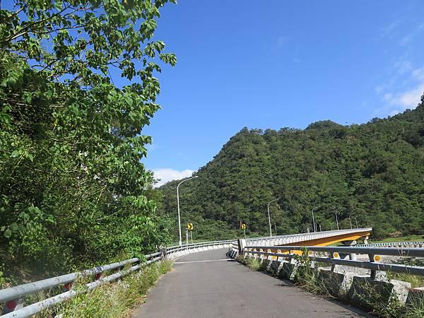 沿途景觀 (4).JPG