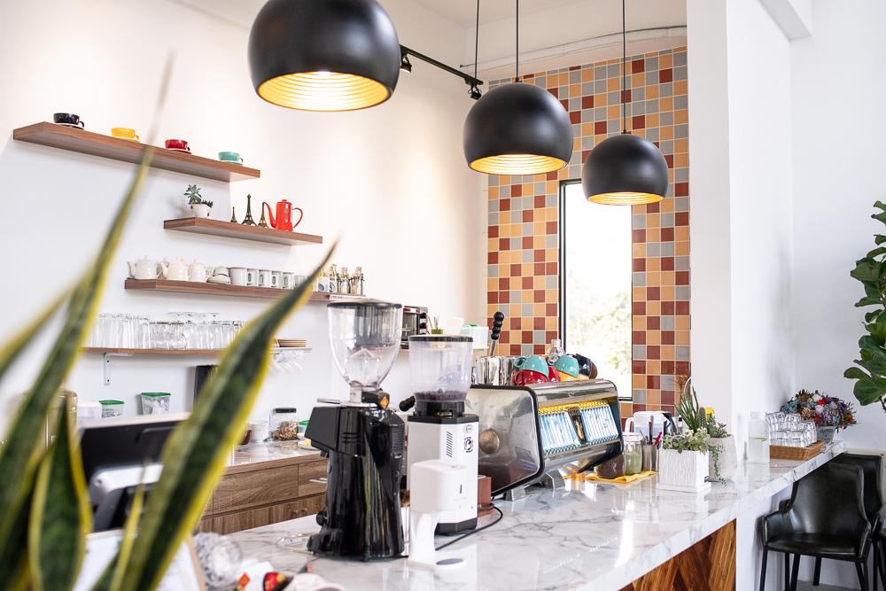 新社咖啡廳