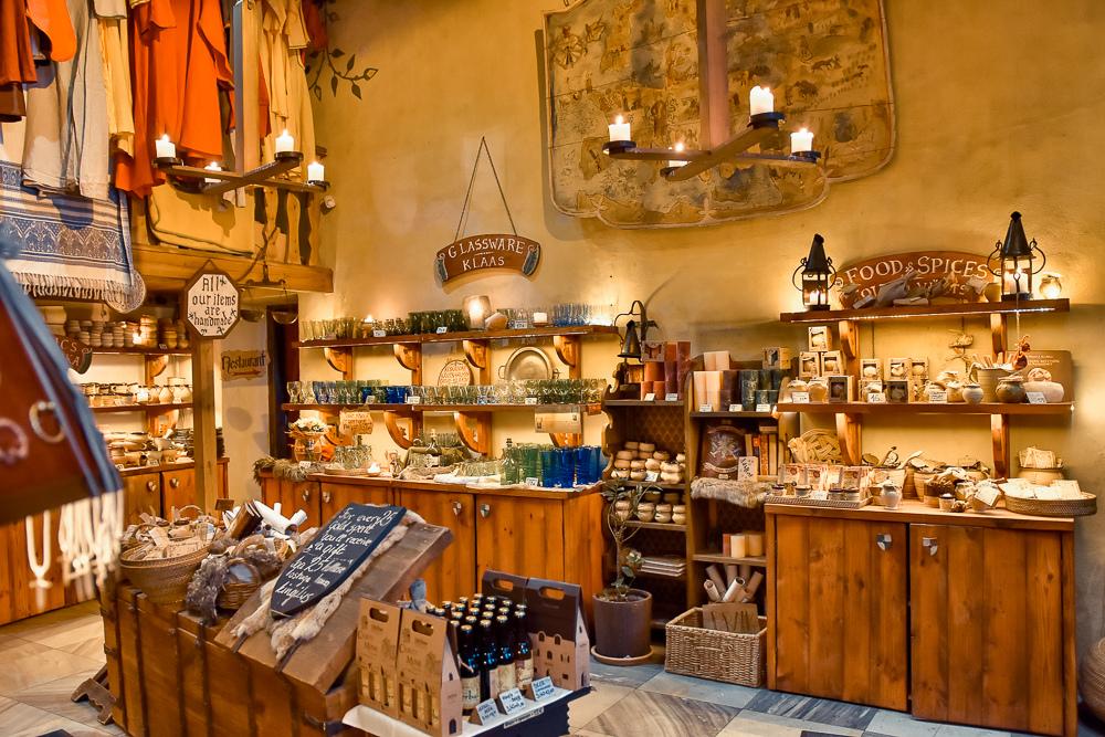 塔林中世紀風格餐廳