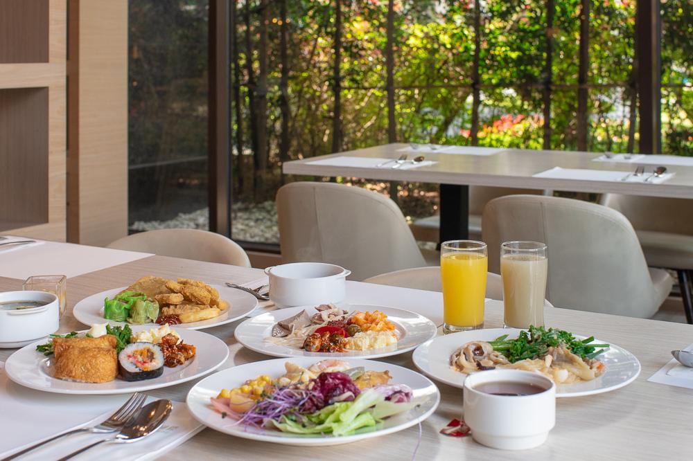 村卻國際酒店早餐