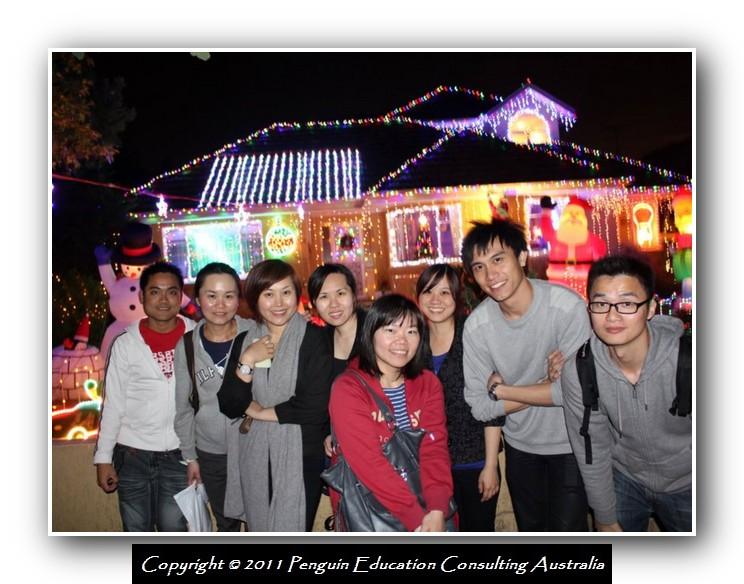 Xmas Light 2011.01.jpg