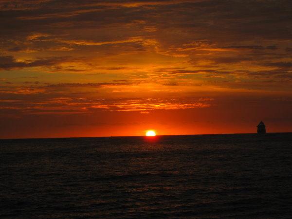 海平面的日出-06