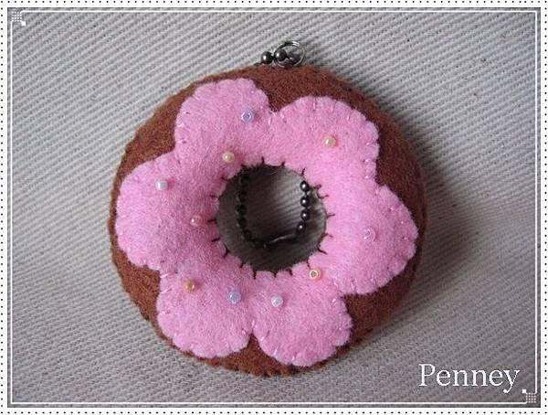 L327 110313 巧克力草莓甜甜圈.jpg