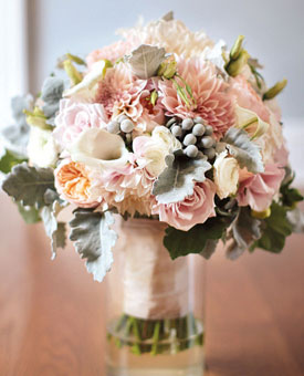 112764-wedding-bouquets-blush-blooms-2