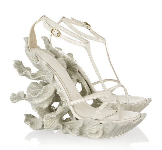 Alexander-McQueen-Sculpted-Resin-and-Leather-Sandals