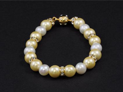 Jewellery02.jpg