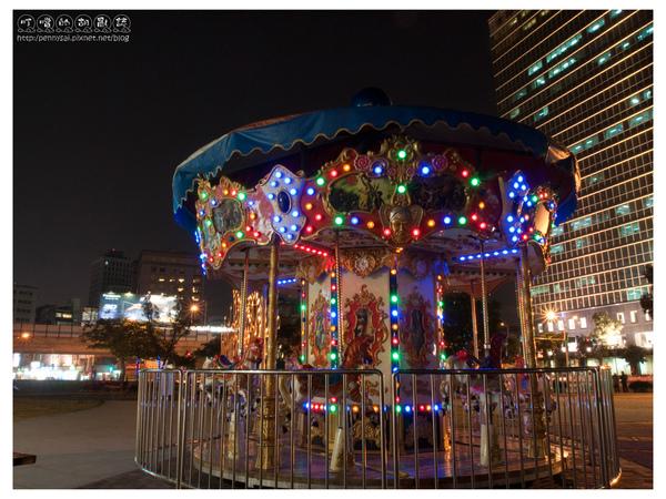 台北-華山-旋轉木馬1.jpg