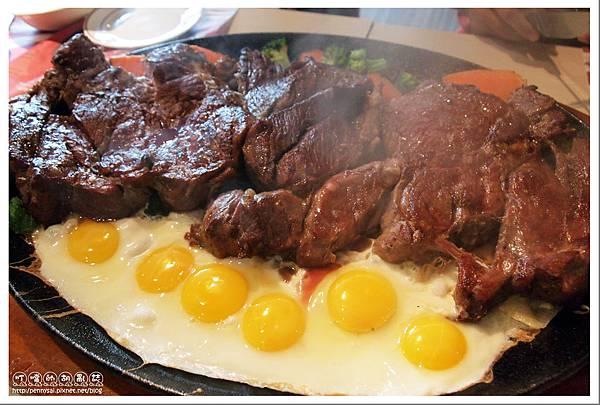 瘋牛排洋食(Fun Steak) - 88oz超大牛排