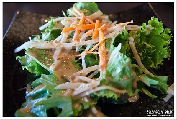 日式料理.燦雞 - 燦雞季節沙拉特寫.jpg