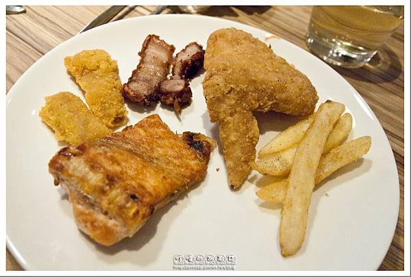 台北公館.蝦料理+調酒吃到飽 - 狠蝦 - 自助吧(炸雞翅、薯條、紅槽肉)