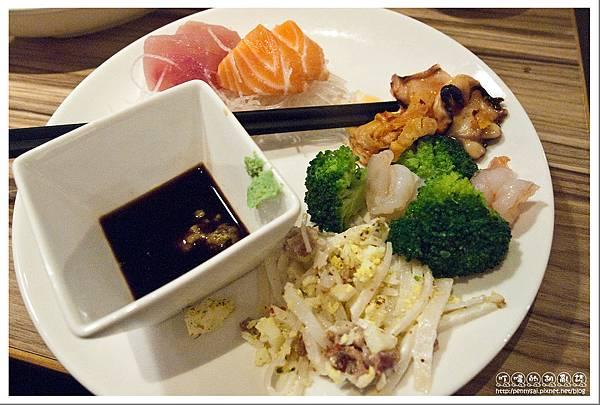 台北公館.蝦料理+調酒吃到飽 - 狠蝦 - 自助吧(生魚片)