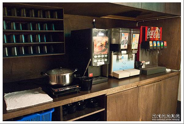 台北.中山國中站 - 值回票價的商業午餐 - 烤嗜院 - 飲料吧