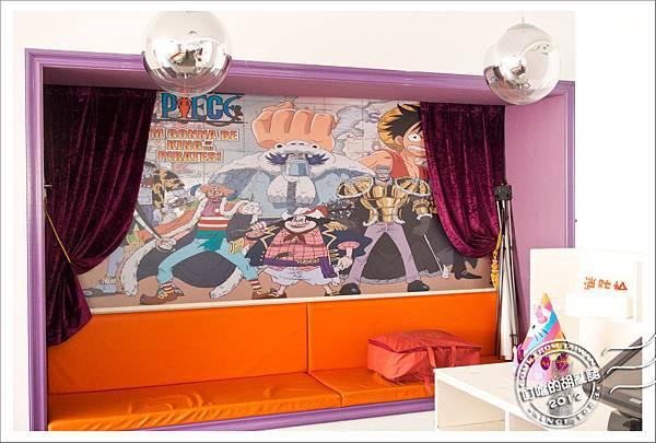 「杭州」兩岸咖啡旗下 - 卡卡與國王 西餐牛排 - 正版海賊王塗鴉牆