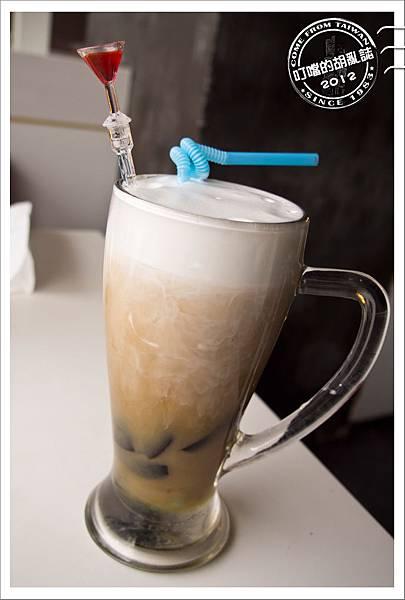 「杭州」兩岸咖啡旗下 - 卡卡與國王 西餐牛排 - 薄荷仙草奶霜