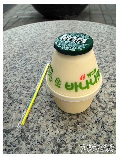 韓國之旅-超有名的香蕉牛奶.JPG