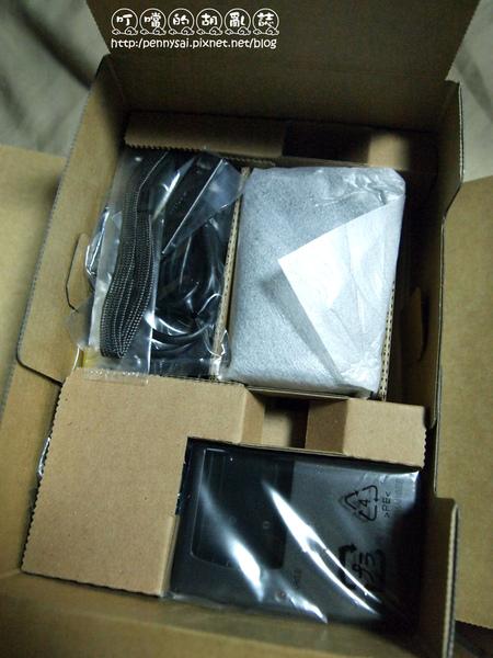 Nikon-CoolPix-S230-打開2.jpg