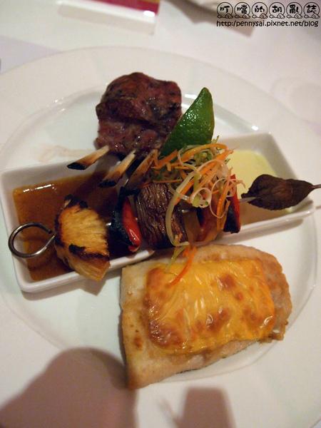西餐廳主餐-酪烤生食級鯛魚&香烤法式羊排1.jpg