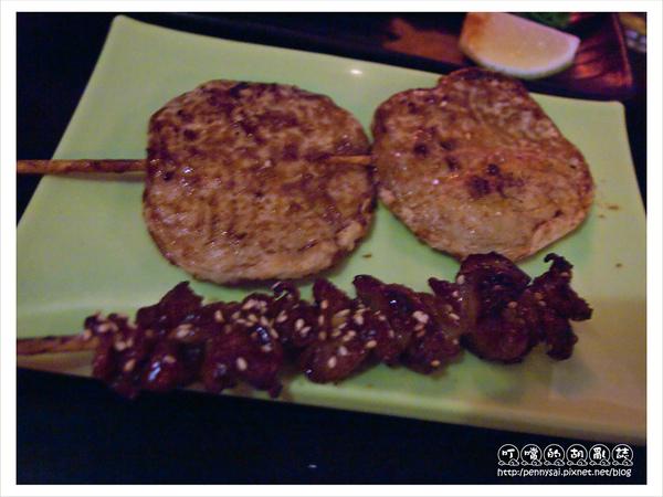 品饌燒烤屋-甜不辣、烤雞皮.jpg