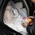 迎接新娘下禮車