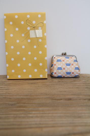 LR-gift_mei