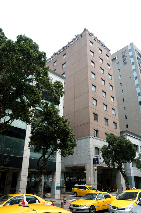 hotel121.jpg