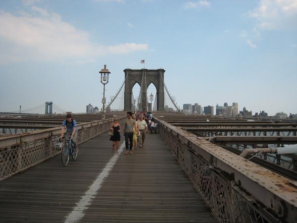 吃完飯後跟Terry, Lisa去布魯克林大橋
