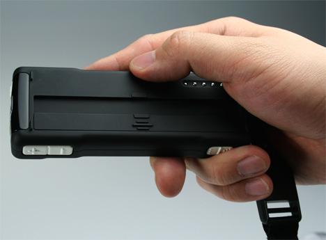 b_touchphone3.jpg