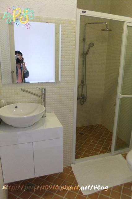 雙人房浴室