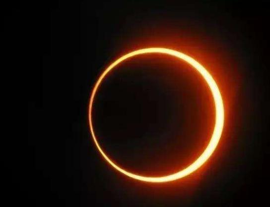 日環蝕.jpg
