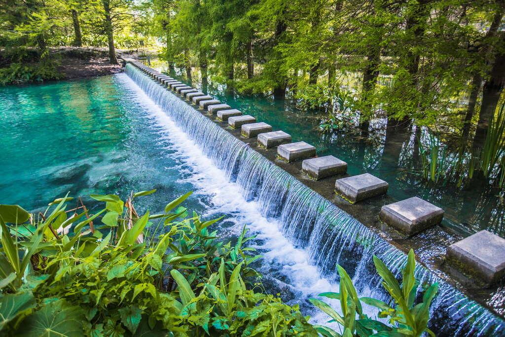 《花蓮雲山水夢幻湖》【花蓮必遊景點】跳石步道