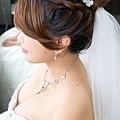純白繡球花環