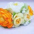 橘色陸蓮組花