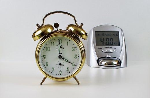 alarm-clock-2115489__340.jpg
