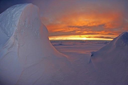 arctic-ocean-79833__340.jpg