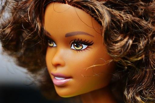 barbie-1426039__340.jpg