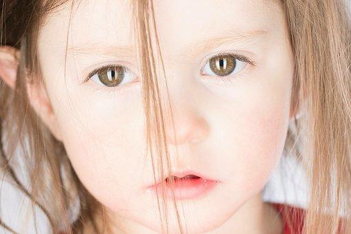 baby-girl-2153658__340.jpg