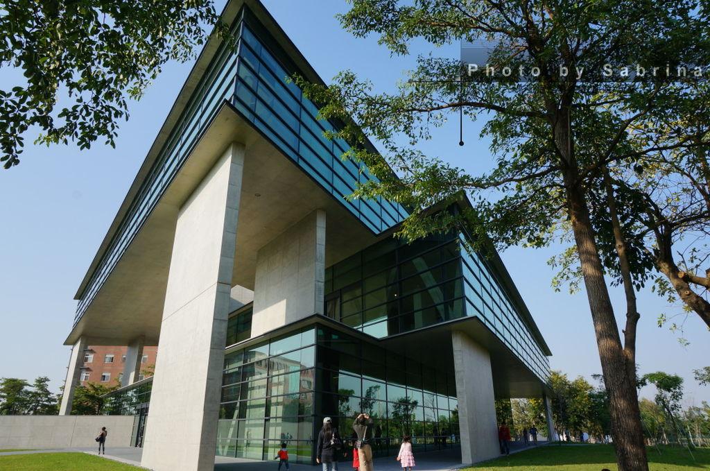 1.亞洲大學現代美術館