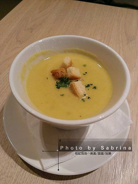 7.玉米濃湯(套餐升級)