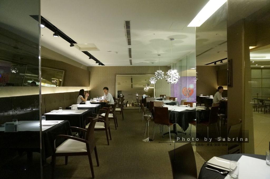 4.紅舍泰式料理內部空間