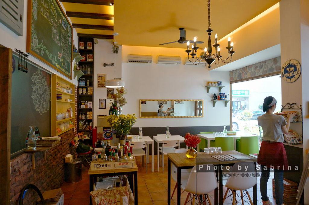 8.波諾義式廚房內部裝潢