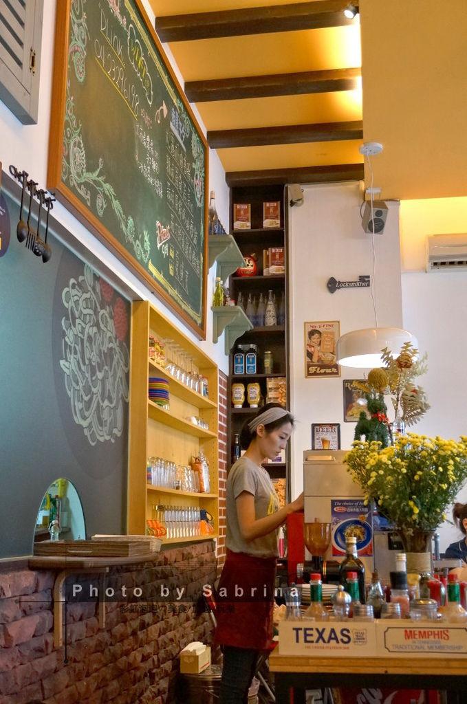 9.波諾義式廚房內部裝潢