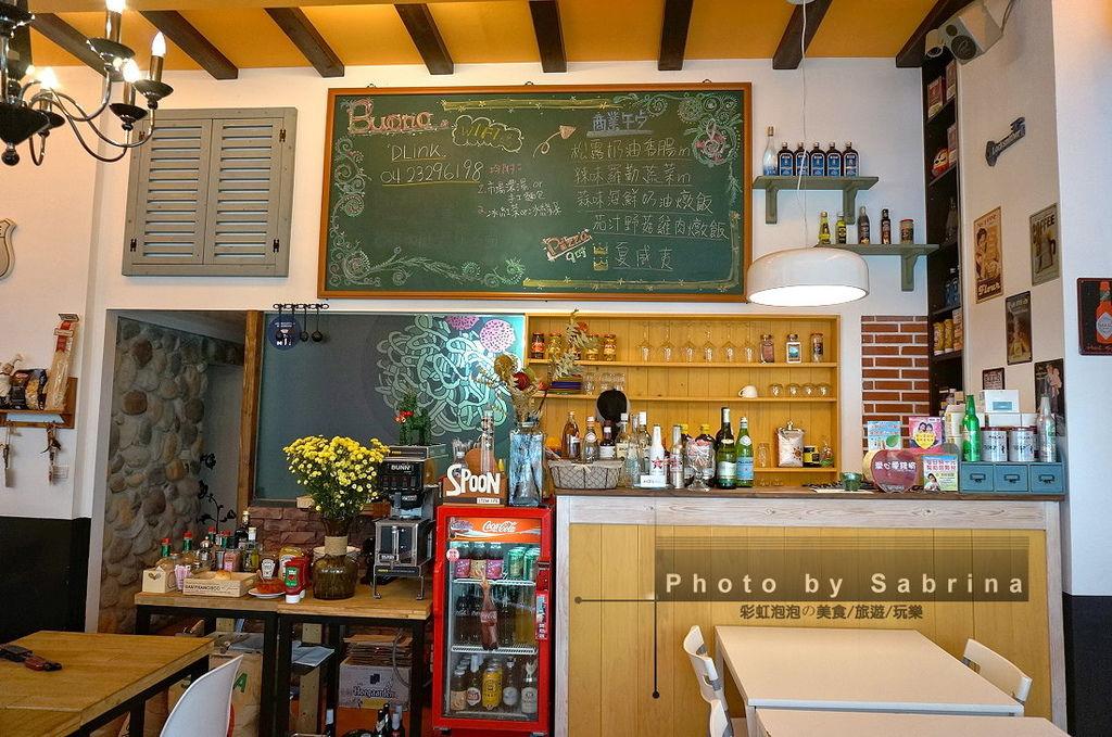 6.波諾義式廚房內部裝潢