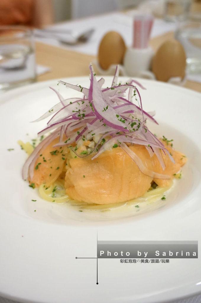 23.酸豆奶油燻鮭魚寬扁麵