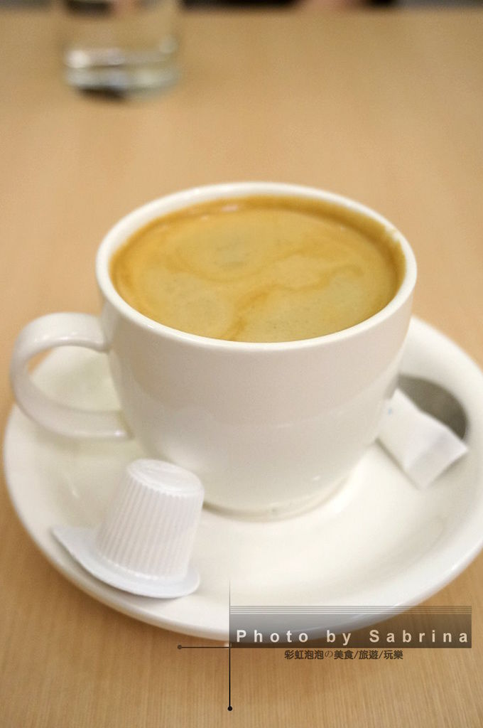 28.熱咖啡
