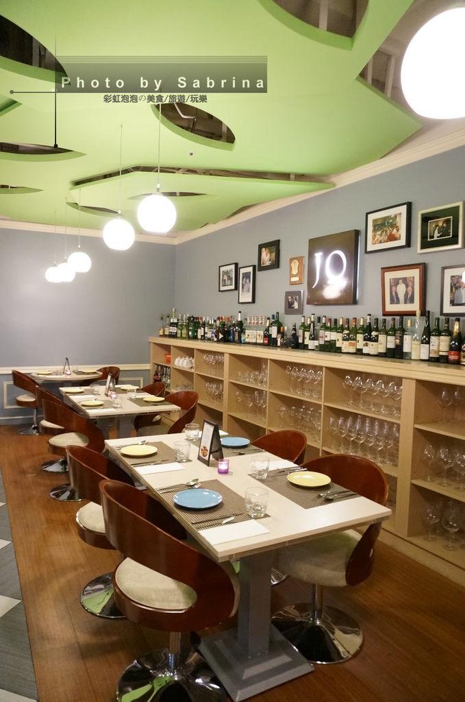 5.Justin Bistro & Wine Bar內部裝潢
